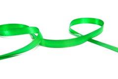 美丽的绿色丝带,有益于设计。隔绝在白色背景 免版税图库摄影