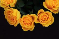 美丽的黄色玫瑰花束,婚姻的花束 免版税库存照片