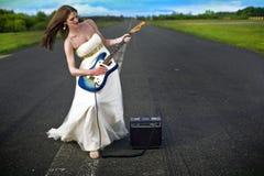 美丽的年轻新娘 图库摄影