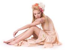 美丽的年轻迷人的女孩 免版税库存照片