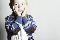 美丽的child.little boy.stylish kid.fashion孩子 库存照片