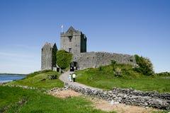 美丽的Dunguaire城堡, Kinvara, co 高尔韦爱尔兰 图库摄影
