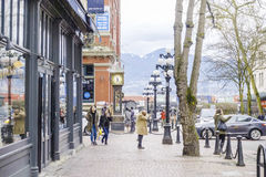 美丽的Gastown区在温哥华-历史的老镇-温哥华-加拿大- 2017年4月12日 免版税库存照片