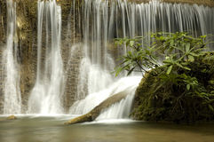 美丽的Huamaekamin瀑布,泰国 免版税库存图片