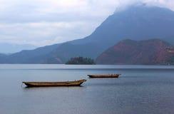 美丽的lugu湖 免版税库存照片
