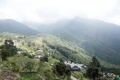 美丽的Pangot村庄 免版税库存照片