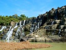 美丽的Pongour瀑布,越南 免版税库存照片