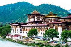 美丽的Punakha Dzong在不丹 免版税库存照片