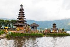 美丽的Pura Ulun Danu Bratan寺庙 图库摄影