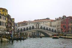 美丽的Rialto桥梁 库存图片