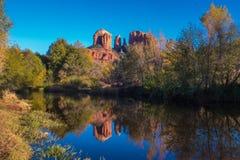 美丽的Sedona亚利桑那在一晴朗的秋天天 免版税图库摄影