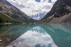 美丽的Shavlinsky湖 图库摄影