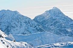 美丽的Tatra山在冬天。 库存图片