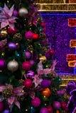 美丽的Xmas树 圣诞节装饰隔离白色 免版税库存照片
