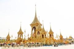 美丽看法嗯的皇家火葬场已故的国王普密蓬・阿杜德在2017年11月04日 库存照片