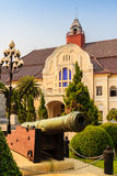 美丽老大炮在Phra Ramratchaniwet宫殿(Wang禁令 库存图片