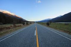 美丽风景登上令人想往的国民沥青高速公路  库存照片