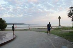 美丽,平衡在阿布哈兹的散步 免版税图库摄影