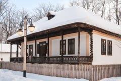 美丽hadcrafted一个老农村罗马尼亚房子的细节 免版税库存照片