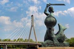 美人鱼Syrenka雕象,华沙,波兰的著名标志 免版税库存图片