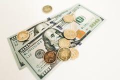 美元和分在白色背景 免版税库存照片
