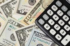 美元和计算器 免版税库存照片