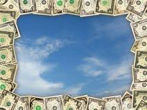 从美元的框架在蓝天 库存图片