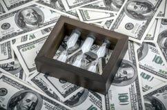 美元装箱 库存照片