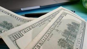 美元,飞行,慢动作计数稳定财务企业信用手计数办公室 股票视频
