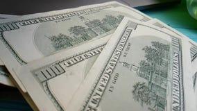美元,飞行,慢动作计数财务信用手计数办公室 股票视频