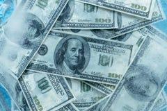 100美元结冰的融解 免版税图库摄影