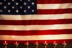 美利坚合众国的背景旗子为全国联邦假日庆祝和哀悼的记忆天 美国标志 免版税图库摄影