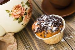 美味的新鲜的被烘烤的杯形蛋糕 免版税库存图片