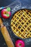 美味苹果饼和苹果 免版税图库摄影