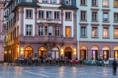 美因法,德国- 2017年11月14日:老的集市广场 免版税库存图片