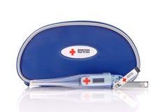 美国交叉紧急婴儿工具箱红色 库存图片