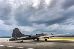 美国人二战轰炸机葡萄酒航空器 免版税库存图片