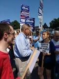 美国人竞选为改选,鲍伯赫嫩德斯,从新泽西的美国参议员的Politican 免版税库存照片
