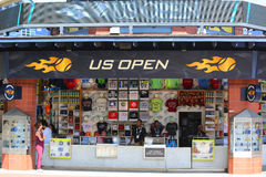 美国公开赛在美国公开赛期间的汇集商店2014年在比利・简・金国家网球中心 库存照片