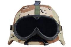 美国军队与沙漠伪装盖子和防护眼镜的凯夫拉尔盔甲 库存照片
