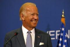 美国副总统约瑟夫'乔'拜登和塞尔维亚人PM Aleksandar Vucic 免版税库存照片