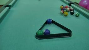 美国台球合并8在比赛体育生活方式的桌金字塔设施起点 股票视频