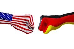 美国和德国旗子 概念战斗、企业竞争、冲突或者体育比赛 免版税库存照片