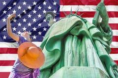美国国旗自由雕象 库存图片