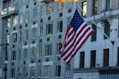 美国国旗通过修造 库存照片