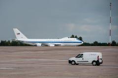 美国国防部长詹姆斯・马蒂斯在Kyiv到达了 库存照片