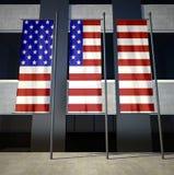 美国在大厦前面下垂 库存图片