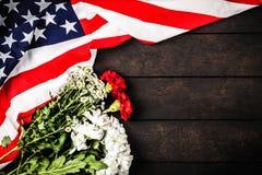 美国在木背景下垂 免版税库存图片