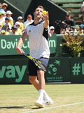 美国在戴维斯杯期间的网球员杰克・索克选拔反对伯纳德・托米奇 图库摄影