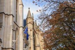 美国大教堂的门面的建筑细节 免版税库存图片